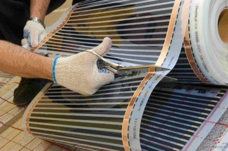 Как сделать пленочный теплый пол под ламинат