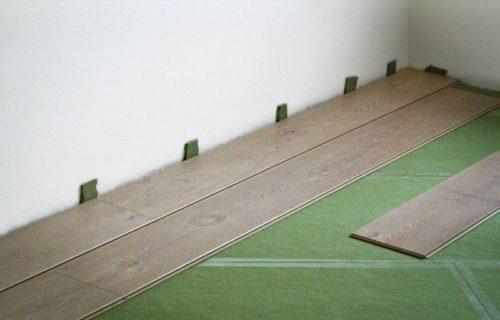 Уложенная подложка под ламинат