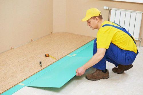 Монтаж подложки на бетонный пол